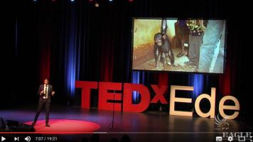 Hunting wildlife traffickers - passion and activism in conservation | Ofir Drori | TEDxEde