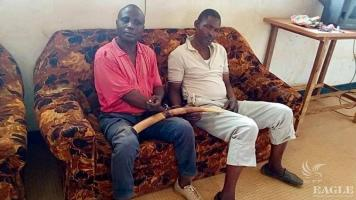 2 trafficker arrested with an elephant tusk