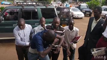 2 Army officers and 4 others arrested for ivory trafficking